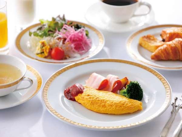 コロナウィルス感染拡大防止のため、当面の間、朝食をセットメニューにてご用意しております。