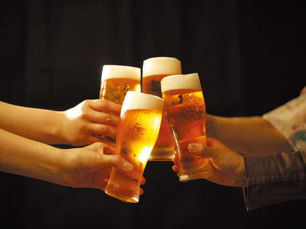 【ハッピープラン・選べる特典】≪ランクアップルーム + アルコール飲み放題≫付