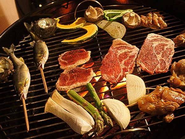 【BBQがさらにグレードアップ】贅沢な山梨の3大高級ブランド肉を制覇。産直の新鮮魚介も堪能。