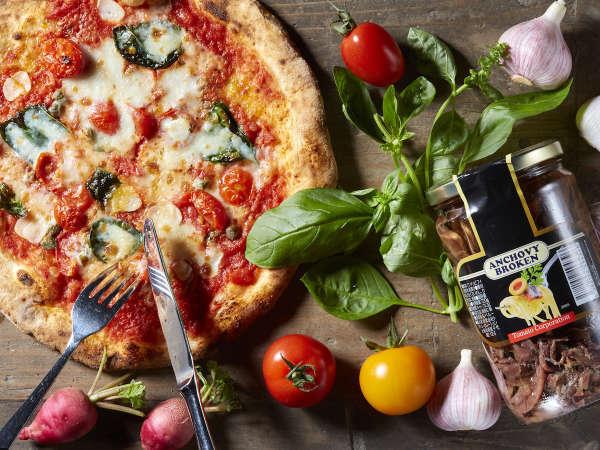 【SALVATORE CUOMO & BAR】リゾートで楽しむ本格ピッツァ・イタリアンディナーコース/朝食付き