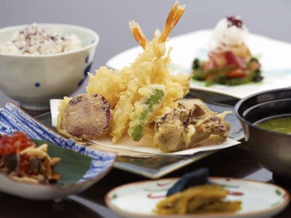 【じゃらん限定◆ゆったりお得旅SALE】夕・朝食付き!レストランが選べるセレクトディナー