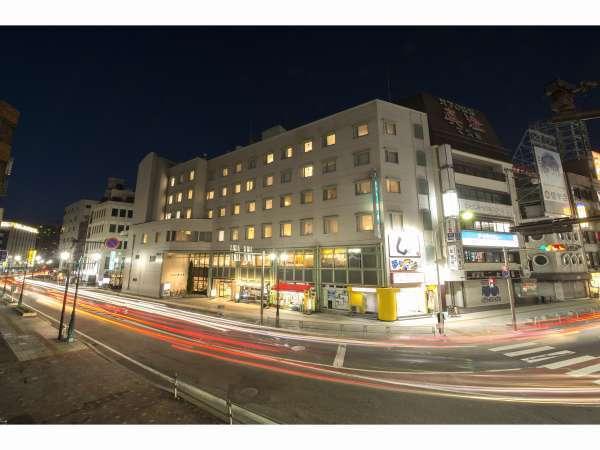 ホテル飯田屋の外観