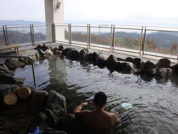 天然温泉露天風呂「やまももの湯」 写真提供:じゃらんnet