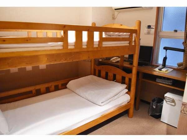 2段ベッドルーム(禁煙)