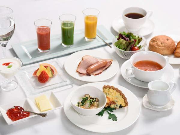 【プレミアムフロイデー】美味しい朝食や湯布院温泉で癒されよう<レイトチェックイン>1泊朝食付きプラン
