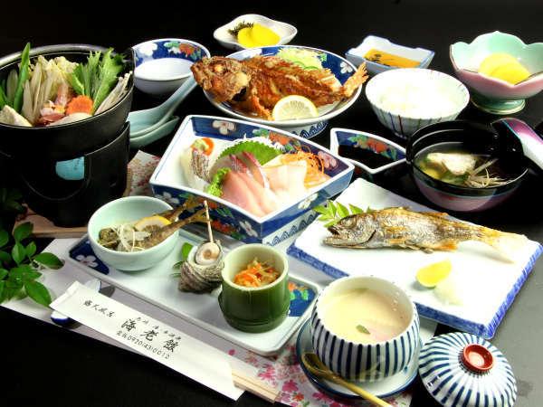 壱岐の海の幸をふんだんに使用した夕食一例。新鮮な玄界灘の恵みをお楽しみくださいませ。