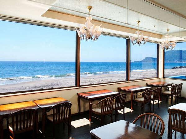津軽海峡が一望のレストラン
