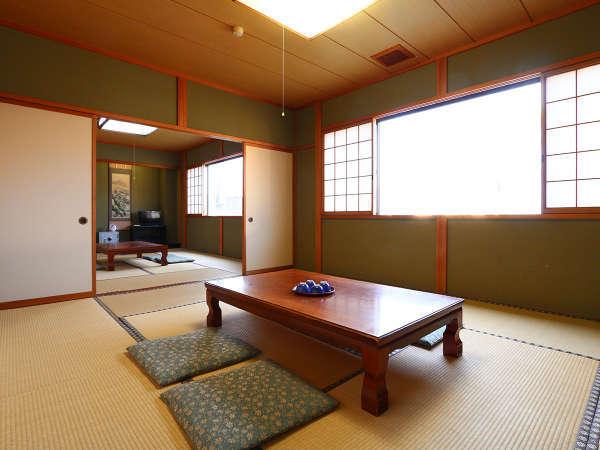 【和室10畳 二間】  一回り広々としたお部屋です。