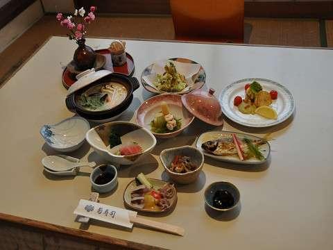 菊寿司プランの会席料理(一例)
