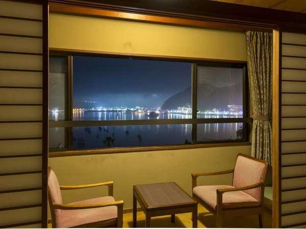 客室からの夜景も素敵です