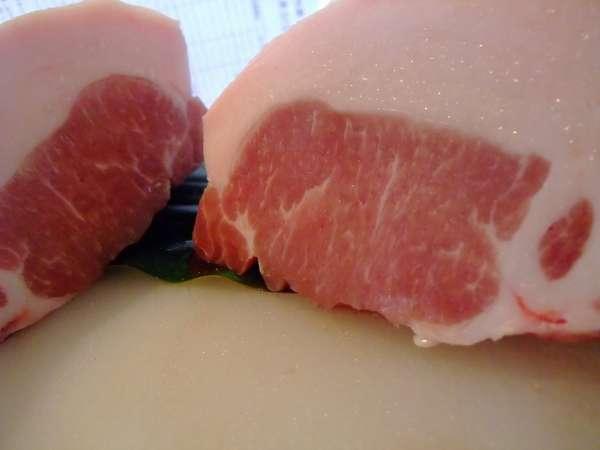 テラスガーデンオリジナルのエンジョイファーム産!生粋アグー豚を是非お楽しみ下さい。