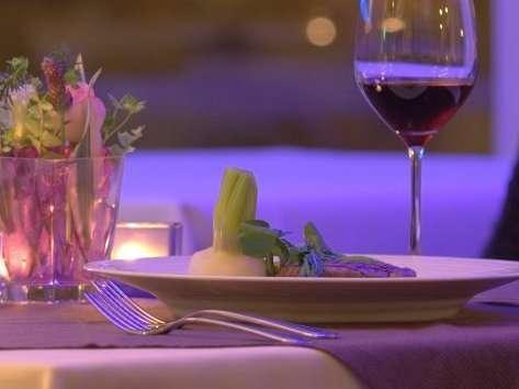 オーガニックにこだわったお料理と赤ワインで、今年も旬の一時をお過ごし下さいませ。