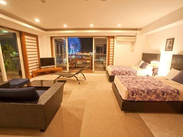 【801号室~久高島~】上層階のお部屋から眺めるアメリカンビレッジの夜景に、感動!!