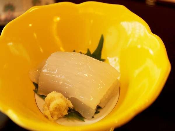 【秋割り♪イカ刺し付き】最大15%オフ!函館に来たならイカ刺しを食べよう♪夕食は北海道の旬彩和食