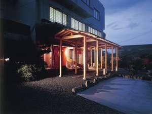 網元旅館 丸仙の外観