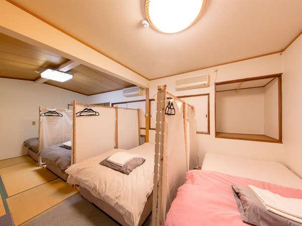 女性専用ドミトリールームはふかふかのベッド