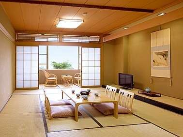 別館『豊翠閣』 ~12畳≪和室≫・内風呂付き~富山湾・富山平野が一望できる特別室。