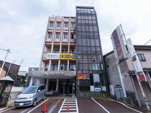 OYO 44616 Joetsu Central Hotel