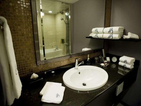 【素泊まりプラン★36平米以上ダブル】洗い場付きバスルームが人気!