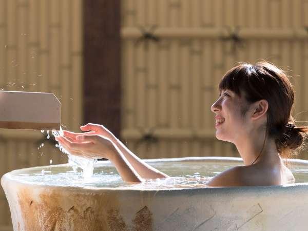 "3F""草笛の湯""展望露天風呂北山の湯は無色透明。さらりとしていて尚且つ湯冷めしない。"