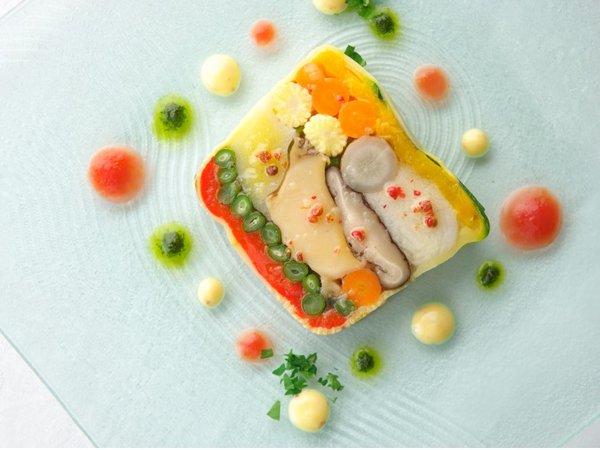 【早期割】関門海峡の夜景を臨みながら旬食材を愉しむイタリアンディナー(夕朝食付)