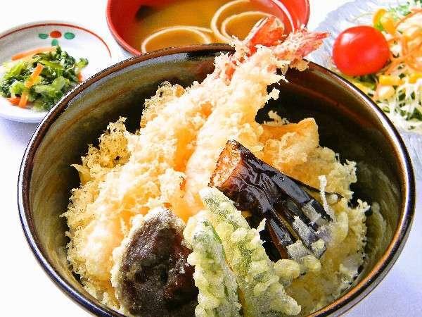 【食いしん坊ばんざい!】大きな海老の天丼セット!