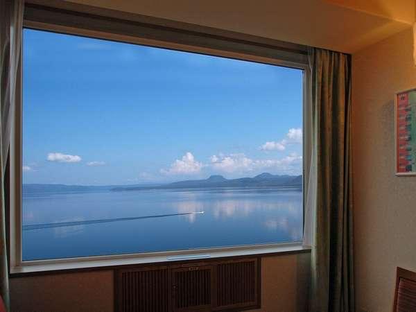 上層階客室から眺める屈斜路湖(イメージ)
