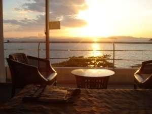 スタンダードツインから望む夕日
