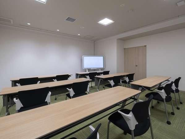 さまざまな用途に応じてお使いいただける会議室も完備!