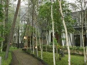 高原のホテル ラパン  別館「森の月」