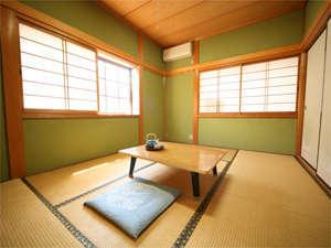 6畳から10畳の和室がございます。写真:和室(6畳)