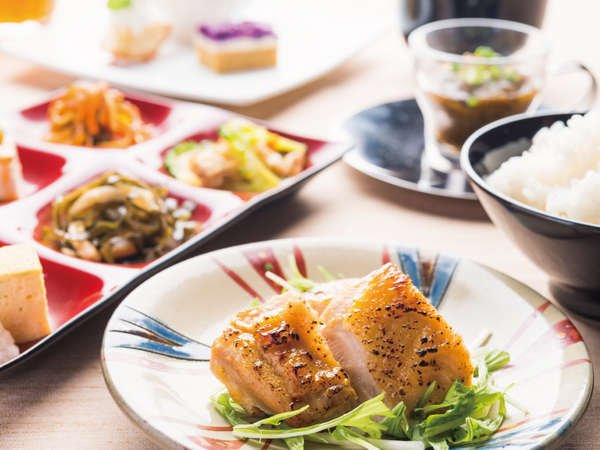 【ADVANCE 60】60日前まで予約でお得にリゾートステイ★和食・洋食が選べるモーニングプレート付