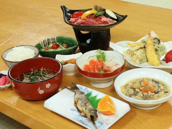 *[夕食一例]手作り食材で作る!女将の真心が詰まった田舎料理