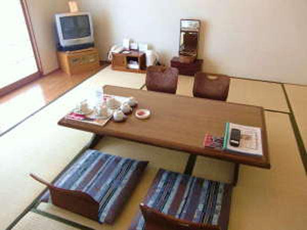 ホテル棟 和室8畳一例