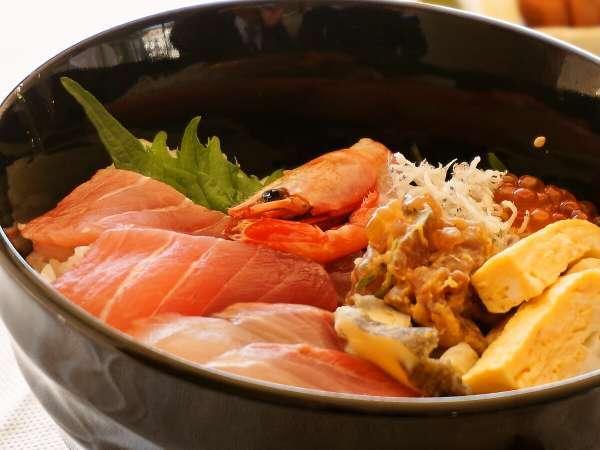 【1泊朝食付ライトプラン】海鮮丼