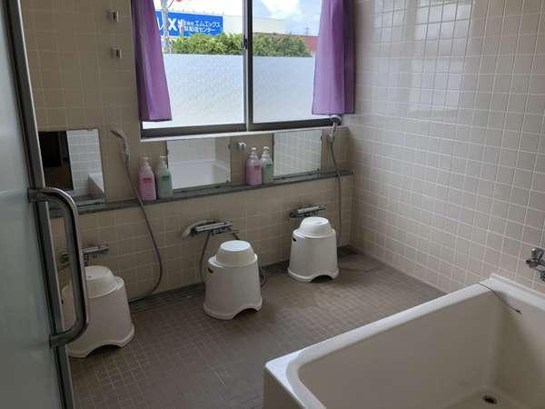 浴室はチェックイン~翌朝10時までご利用いただけます