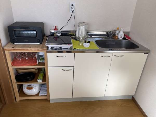 セルフキッチンにある調理器具・食器はご自由にお使いできます