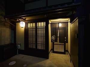 鈴 東寺の外観