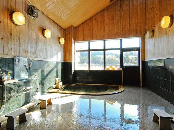 *加温・加水を一切していない、100%天然温泉を贅沢にかけ流しでお楽しみいただけます!