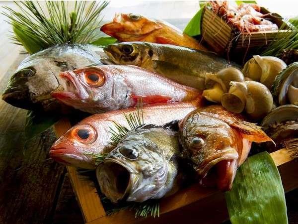 【冬の至福】 『10個の丸ごとおもてなし』蟹1杯+のどぐろ+地魚+加賀野菜♪