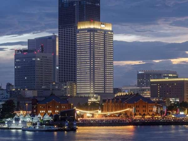 アパホテル&リゾート<横浜ベイタワー>