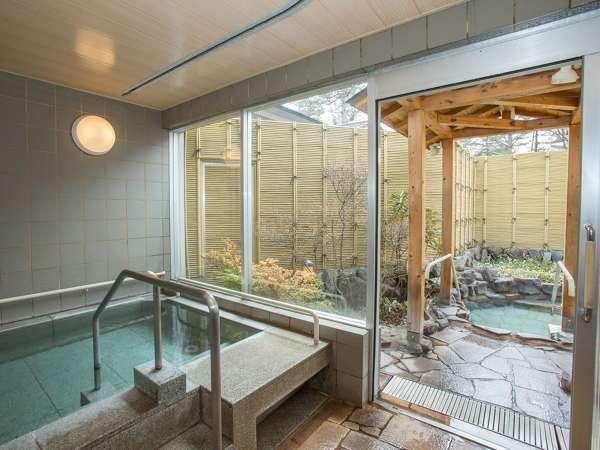 無料貸切風呂。内湯露天共に源泉掛け流しです。写真提供:じゃらんnet