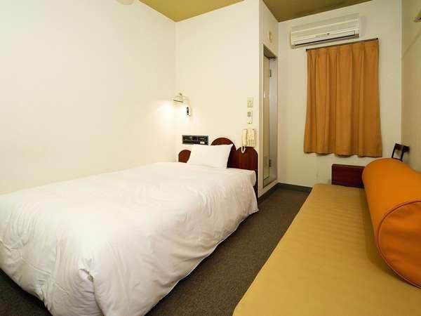 【素泊】◆連泊◆2泊以上のお泊りで得しちゃおう♪中洲まで徒歩5分、天神までバスで5分☆