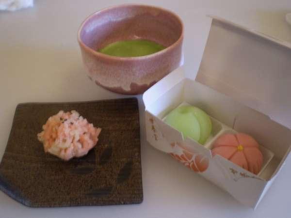 【特別コラボ企画】京菓子の老舗で職人技を/食事なし