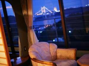 土曜日は、瀬戸大橋がライトアップされます。