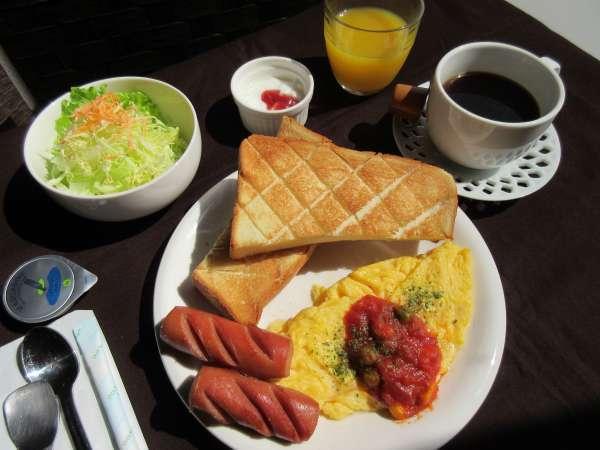 (軽朝食) 写真とは異なることもございます。