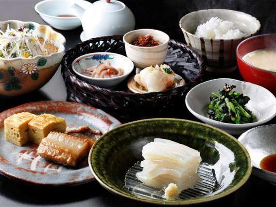 朝食の一例 秋冬