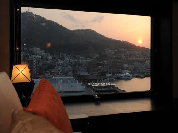 【不動の一番人気☆】函館山側のお部屋確約
