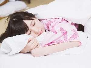 """【温泉旅行の""""バタバタな朝""""に""""さようなら""""】昼までの~んびりプラン♪1泊3食付き+朝寝付き♪"""