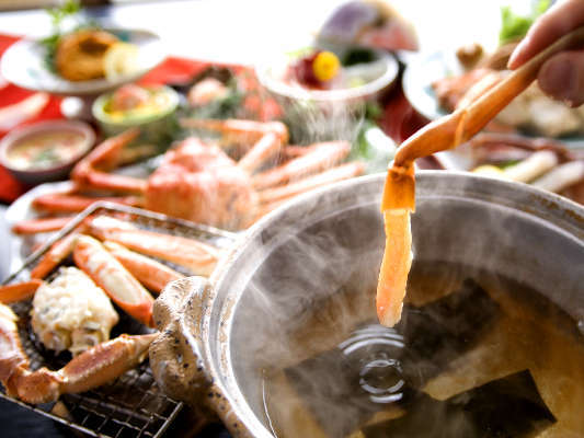 【蟹しゃぶ】ぷりっぷりの蟹身を鍋で、軽くしゃぶしゃぶ♪その甘さと旨みは、全ての人をトリコにする程。